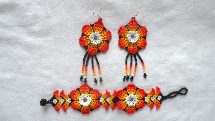 Handmade Colombian Bead Earrings & Bracelet